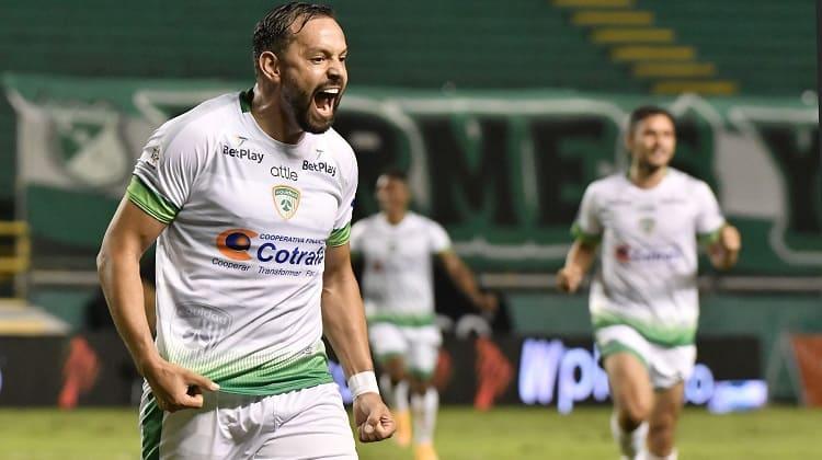 Designaciones arbitrales en las semifinales ida en la Liga BetPlay